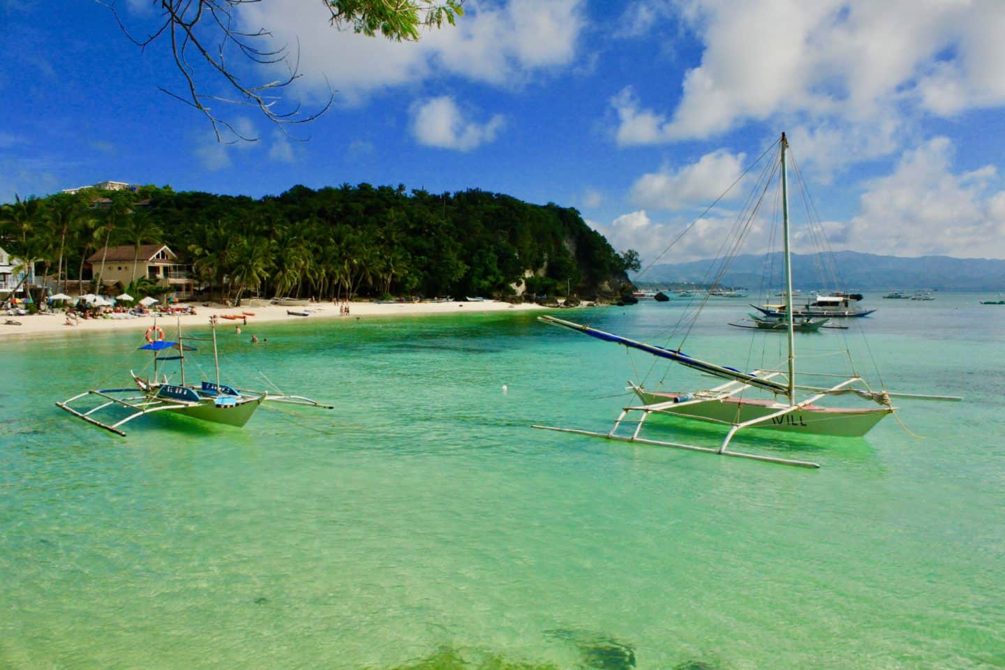 Diniwid Beach in Boracay