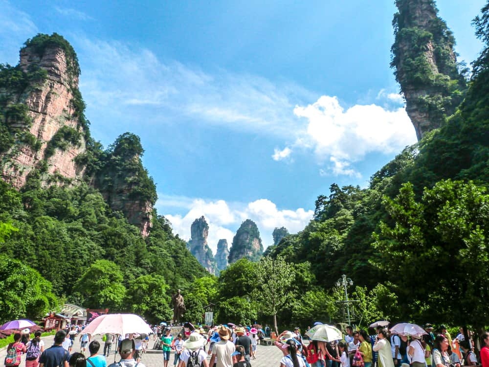 Crowds at Zhangjiajie National Park in China