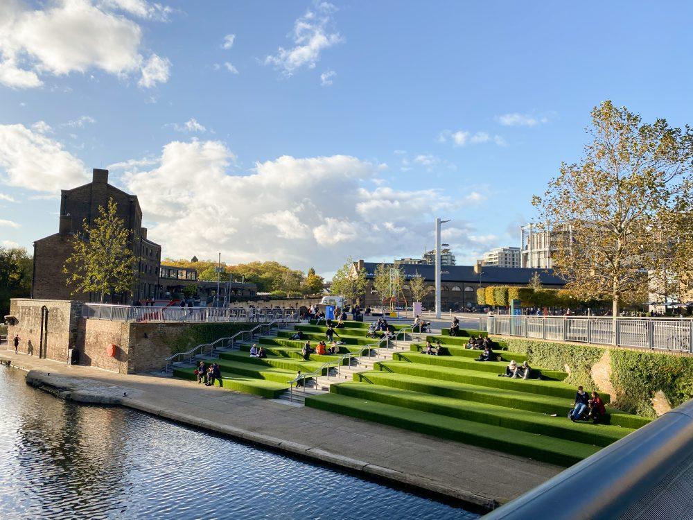 Outdoor seating areas in Kings Cross