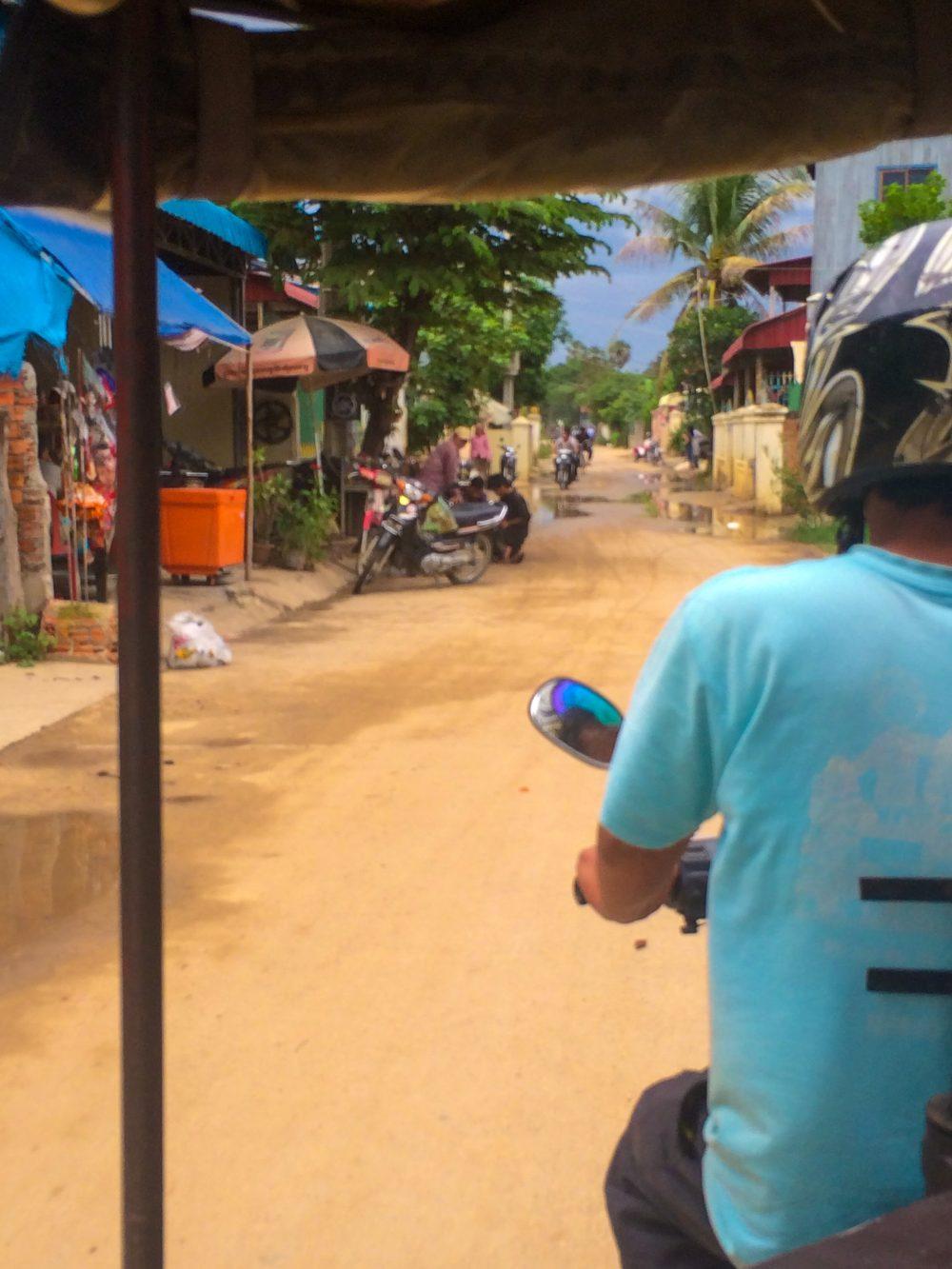 Tuk tuk rides in Phnom Penh