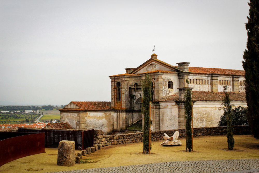 The impressive medieval town of Évora